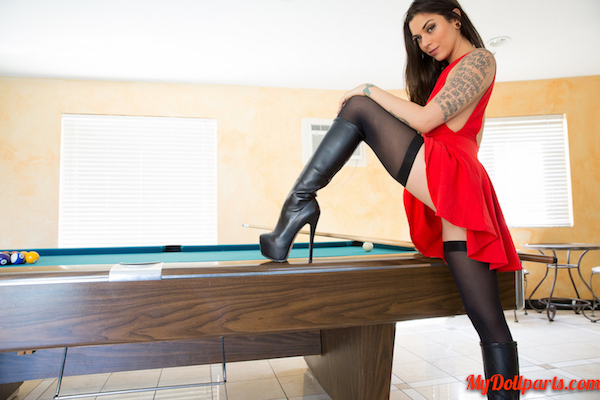 Kayla Jane Danger shows off whats under her skirt